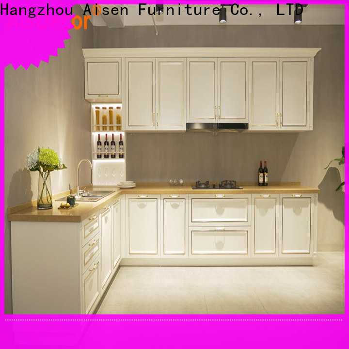solid wood kitchens manufacturer