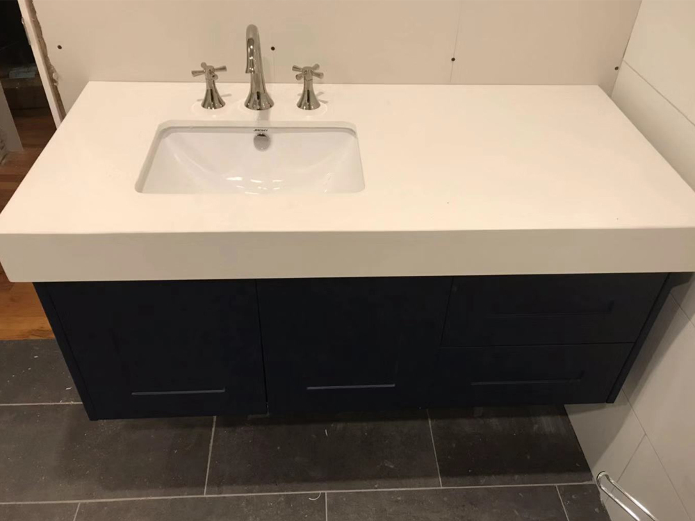 Thick countertop 1