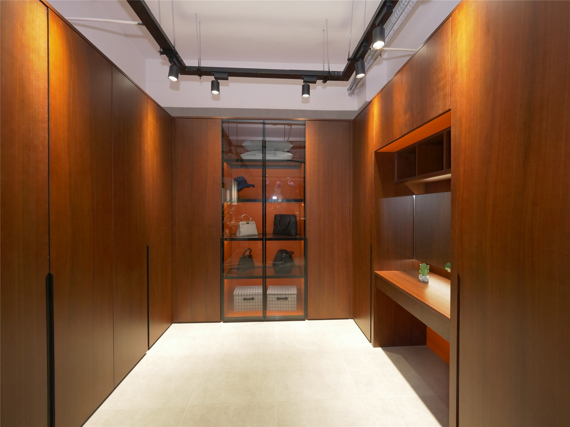 AisDecor custom closets exporter-1