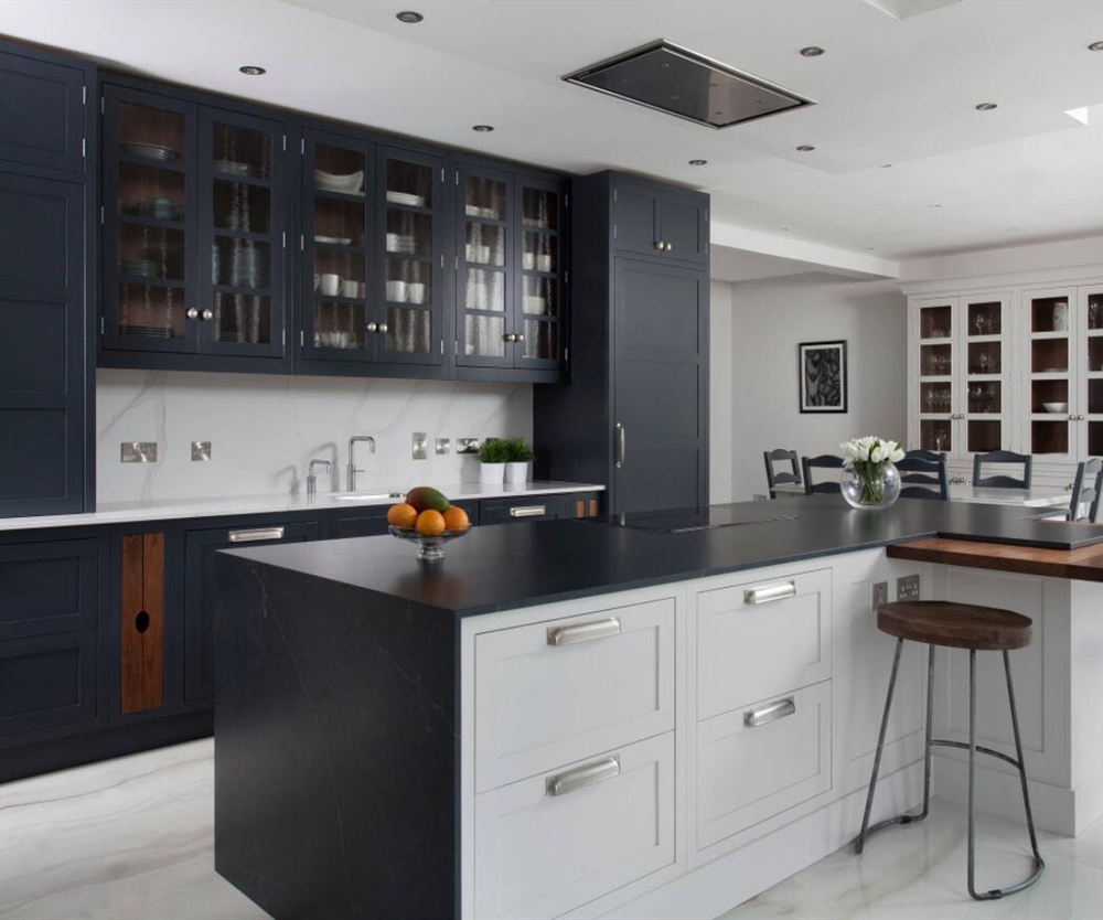 China Factory Price High Quality Black Lacquer Kitchen Cabinet Wholesale-AisDecor